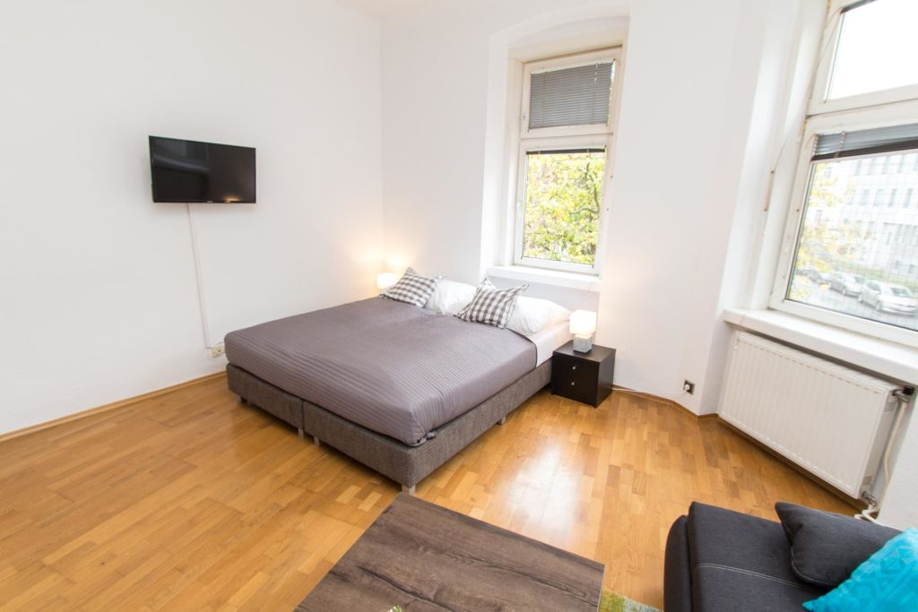 image 4 furnished 3 bedroom Apartment for rent in Ottakring, Vienna
