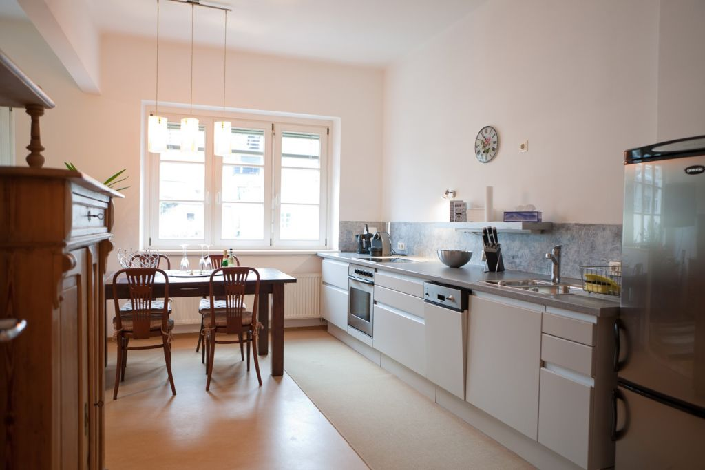 image 2 furnished 2 bedroom Apartment for rent in Innsbruck, Tyrol