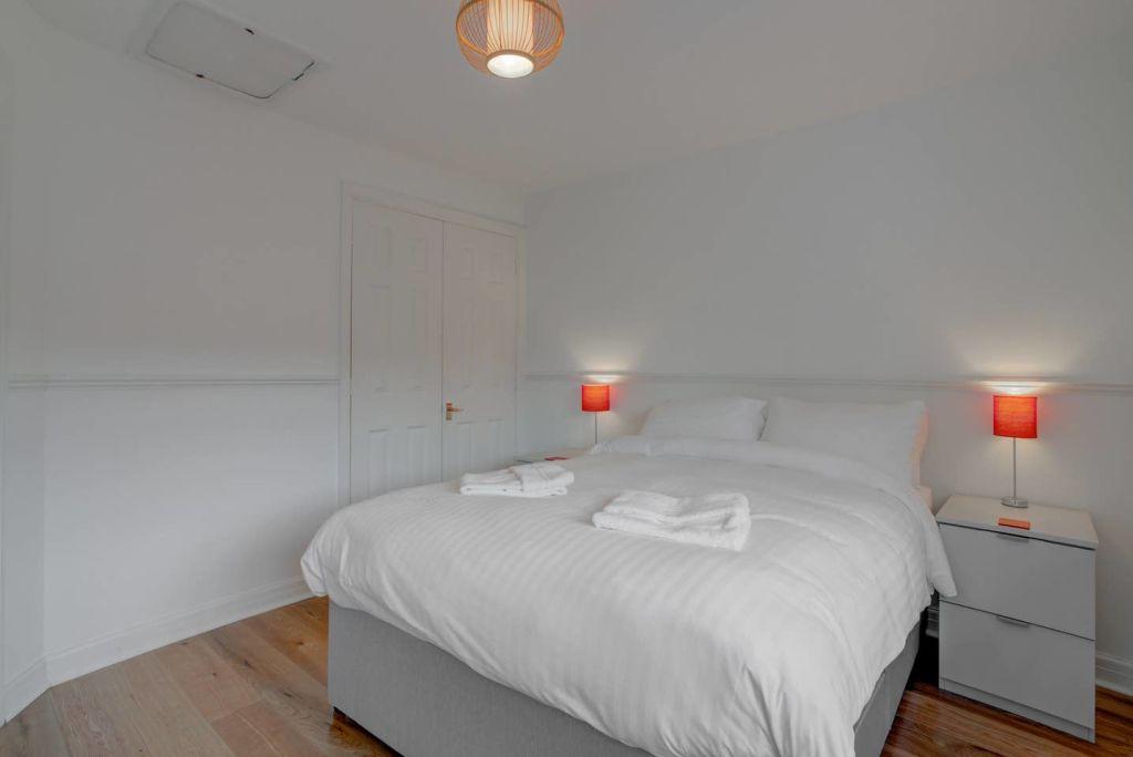 image 8 furnished 2 bedroom Apartment for rent in Wythenshawe, Manchester