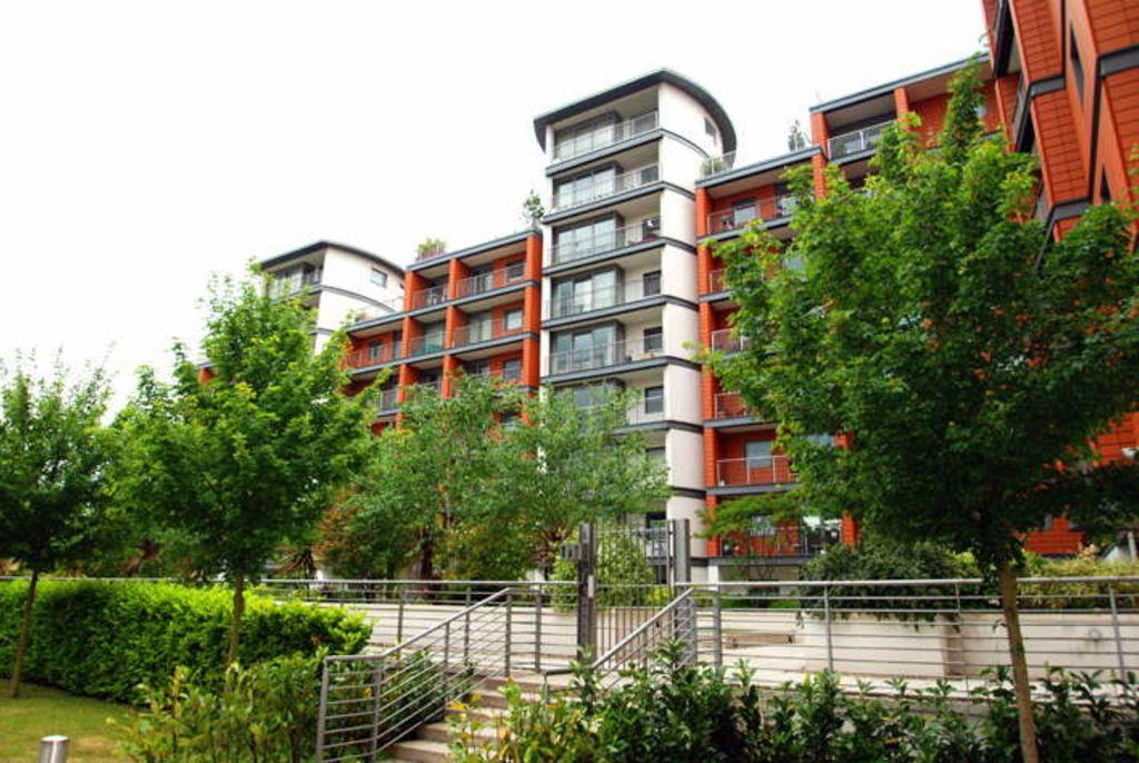 image 7 furnished 1 bedroom Apartment for rent in Brentford, Hounslow