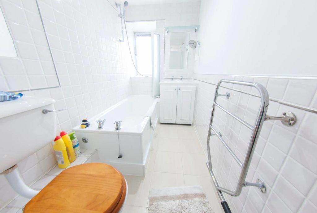 image 10 furnished 1 bedroom Apartment for rent in Chelsea, Kensington Chelsea