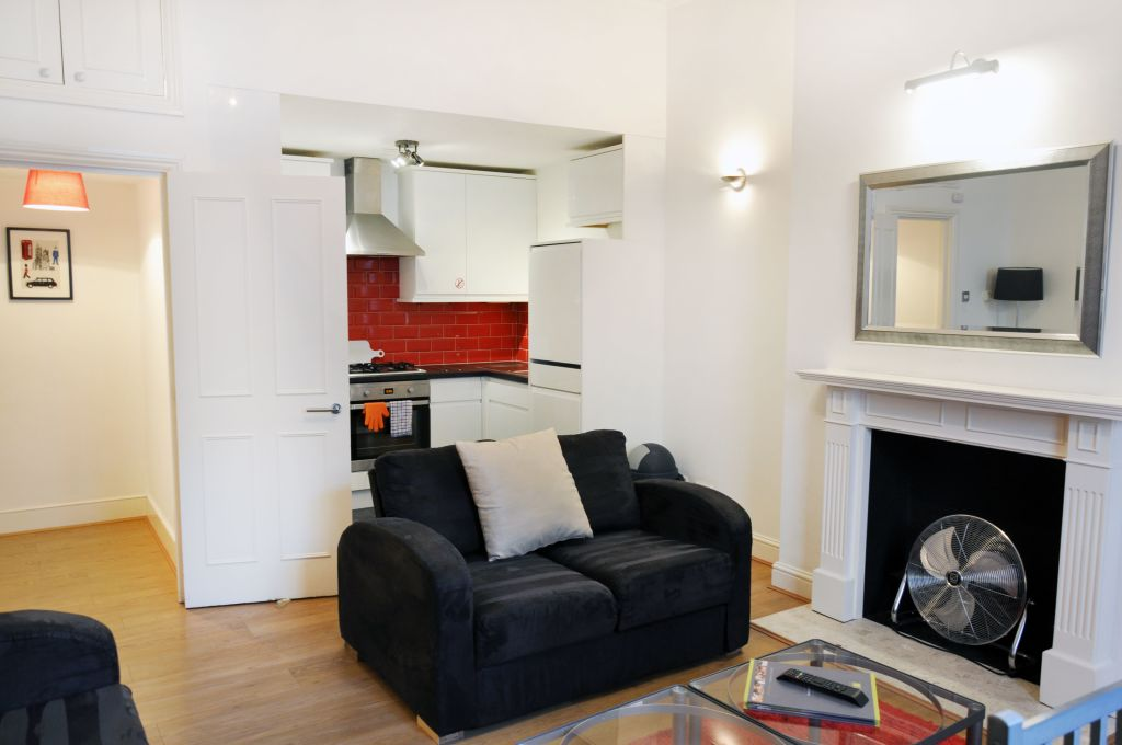 image 1 furnished 2 bedroom Apartment for rent in Hammersmith, Hammersmith Fulham
