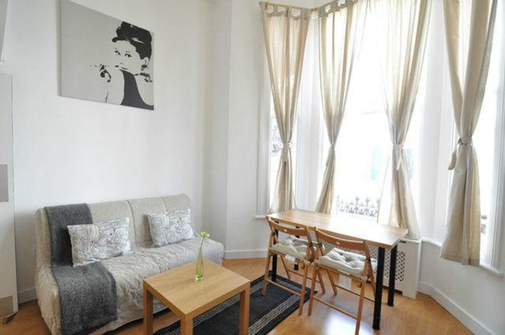 image 5 furnished 1 bedroom Apartment for rent in North End, Bexley