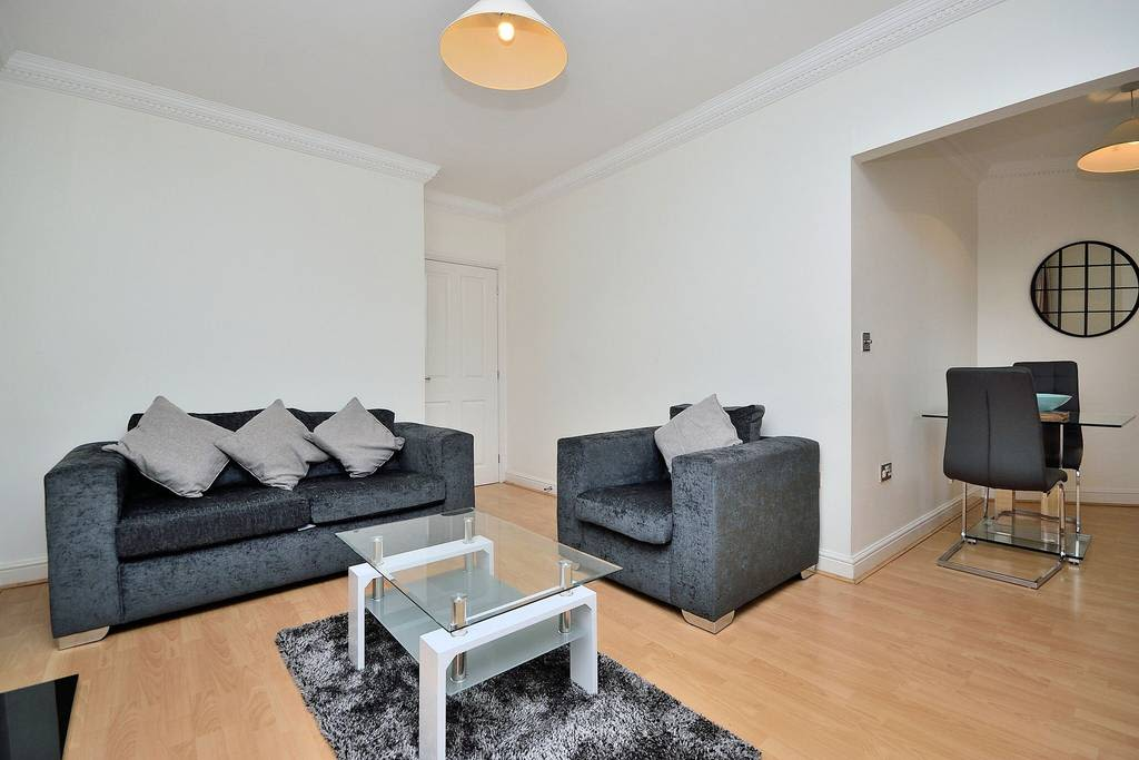image 4 furnished 1 bedroom Apartment for rent in Chester, Cheshire