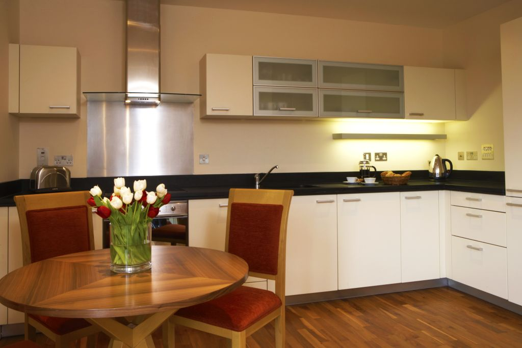 image 2 furnished 1 bedroom Apartment for rent in Canary Wharf, Tower Hamlets