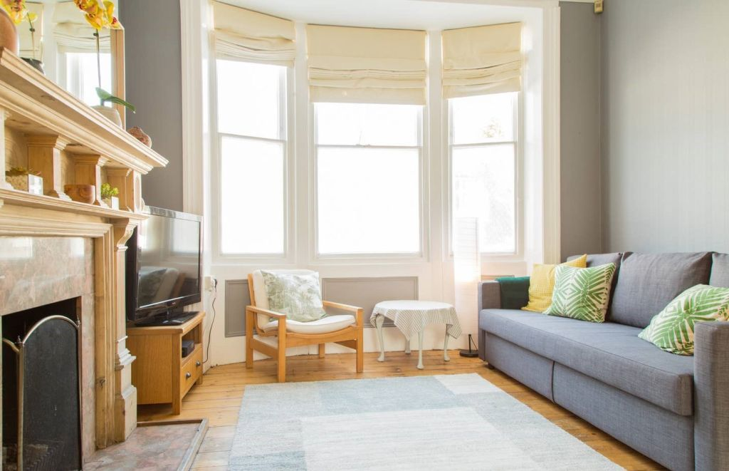 image 4 furnished 3 bedroom Apartment for rent in Brighton - Hove, East Sussex