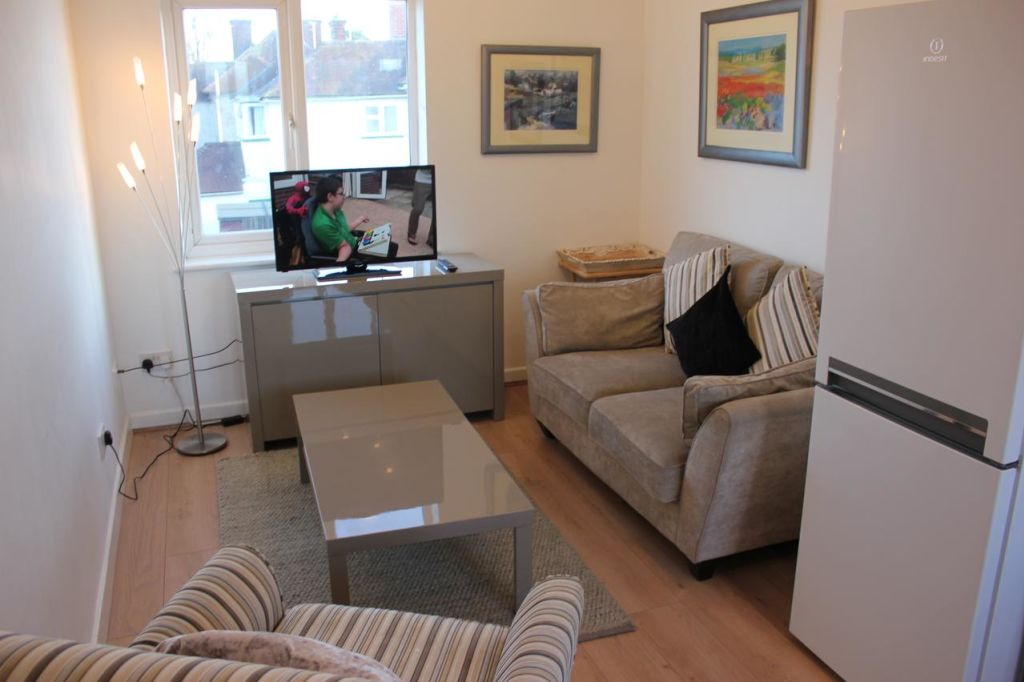 image 2 furnished 2 bedroom Apartment for rent in East Cambridgeshire, Cambridgeshire