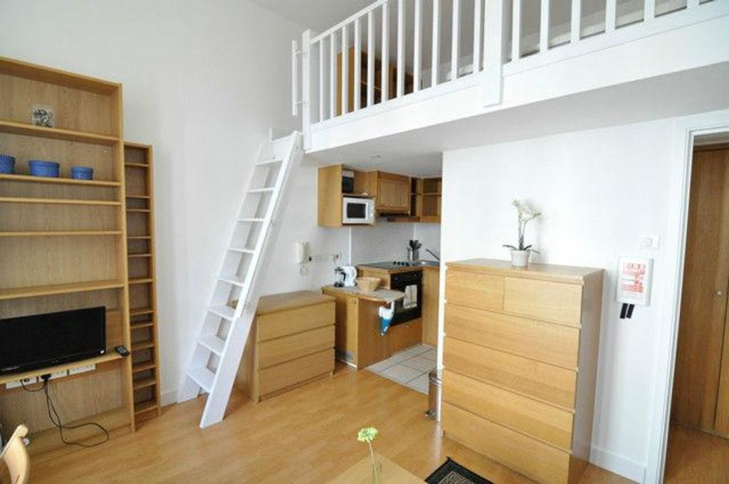 image 3 furnished 1 bedroom Apartment for rent in North End, Bexley