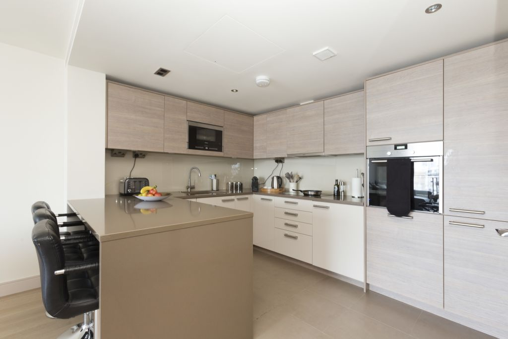 image 10 furnished 3 bedroom Apartment for rent in Sands End, Hammersmith Fulham