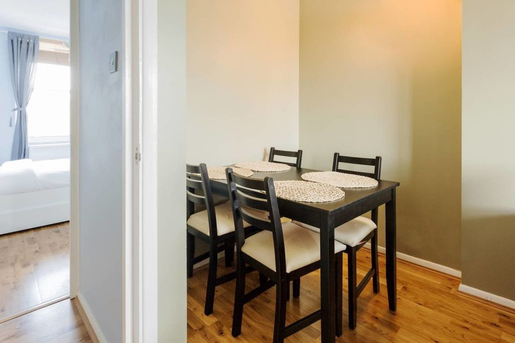 image 4 furnished 1 bedroom Apartment for rent in Newington, Southwark