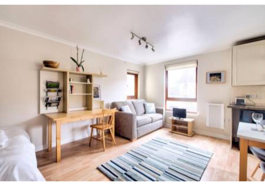 image 4 furnished 1 bedroom Apartment for rent in Edinburgh, Scotland