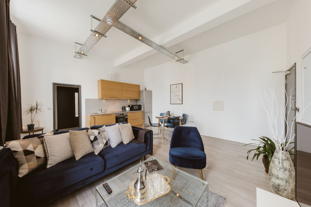 image 3 furnished 1 bedroom Apartment for rent in Hounslow, Hounslow