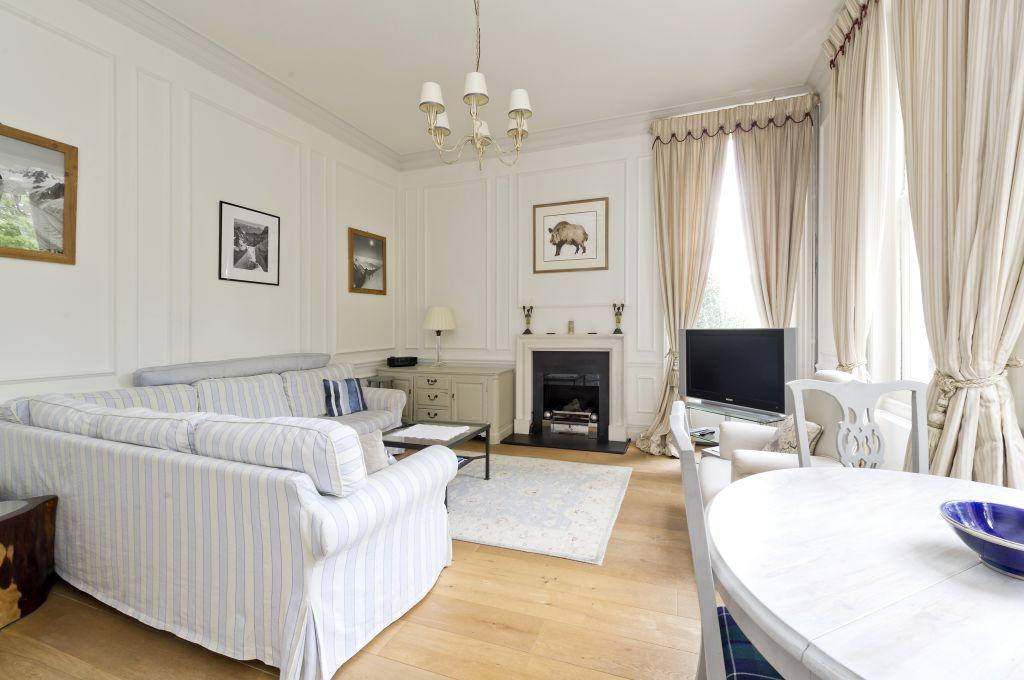 image 2 furnished 2 bedroom Apartment for rent in Chelsea, Kensington Chelsea