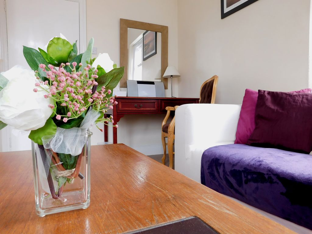 image 9 furnished 3 bedroom Apartment for rent in Norwich, Norfolk