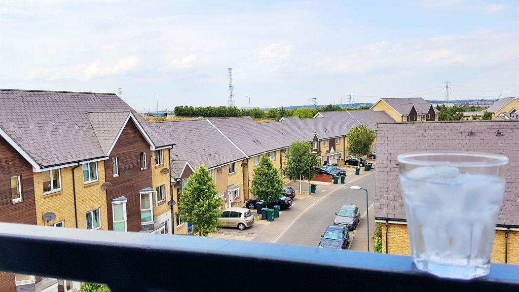 image 6 furnished 2 bedroom Apartment for rent in Dartford, Kent