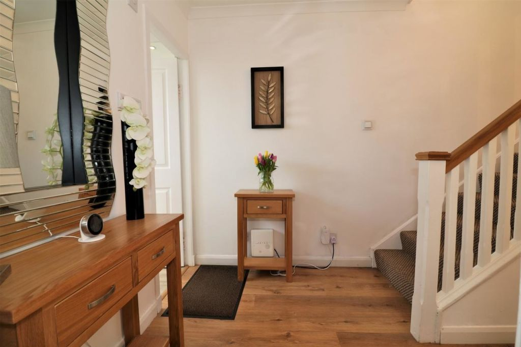 image 8 furnished 3 bedroom Apartment for rent in Victoria Park, Manchester
