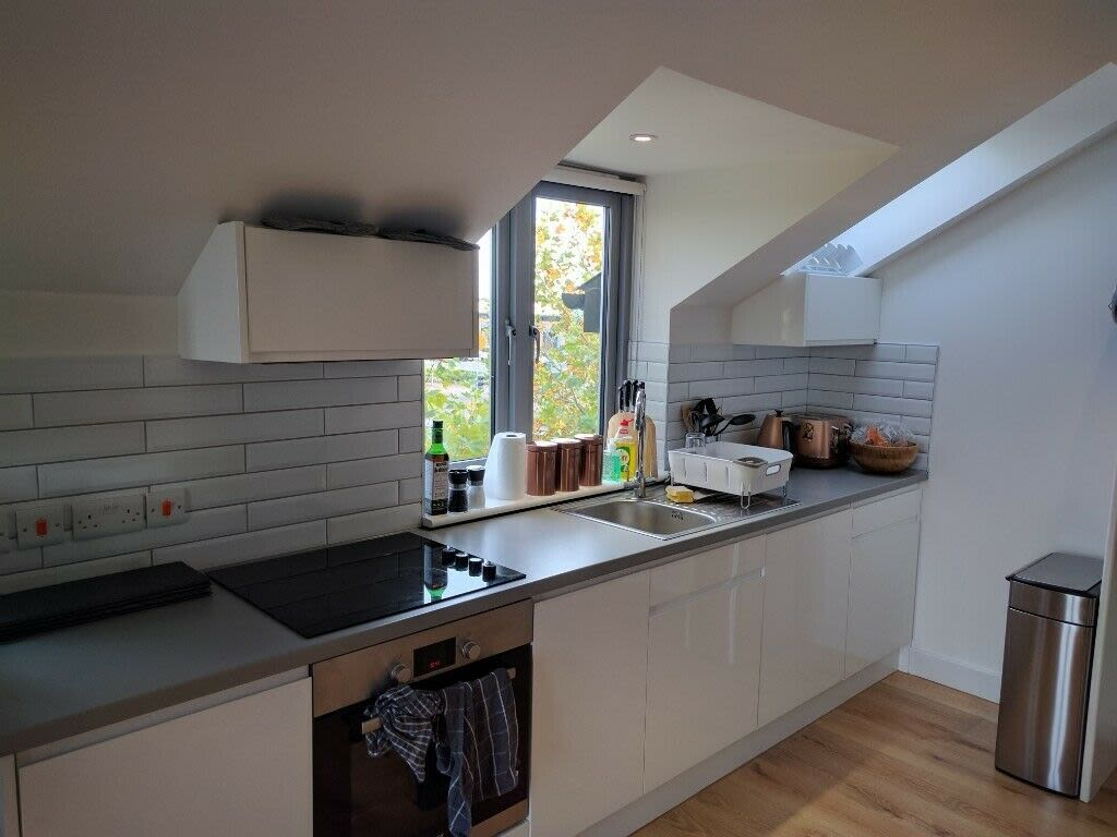 image 7 furnished 1 bedroom Apartment for rent in South Wimbledon, Merton