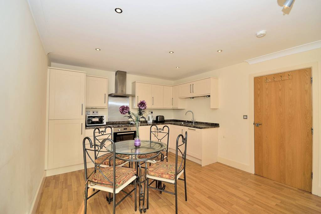image 7 furnished 2 bedroom Apartment for rent in Chester, Cheshire