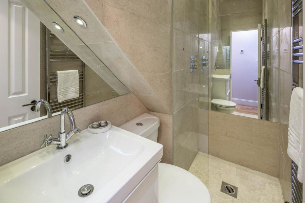 image 2 furnished 3 bedroom Apartment for rent in Notting Hill, Kensington Chelsea