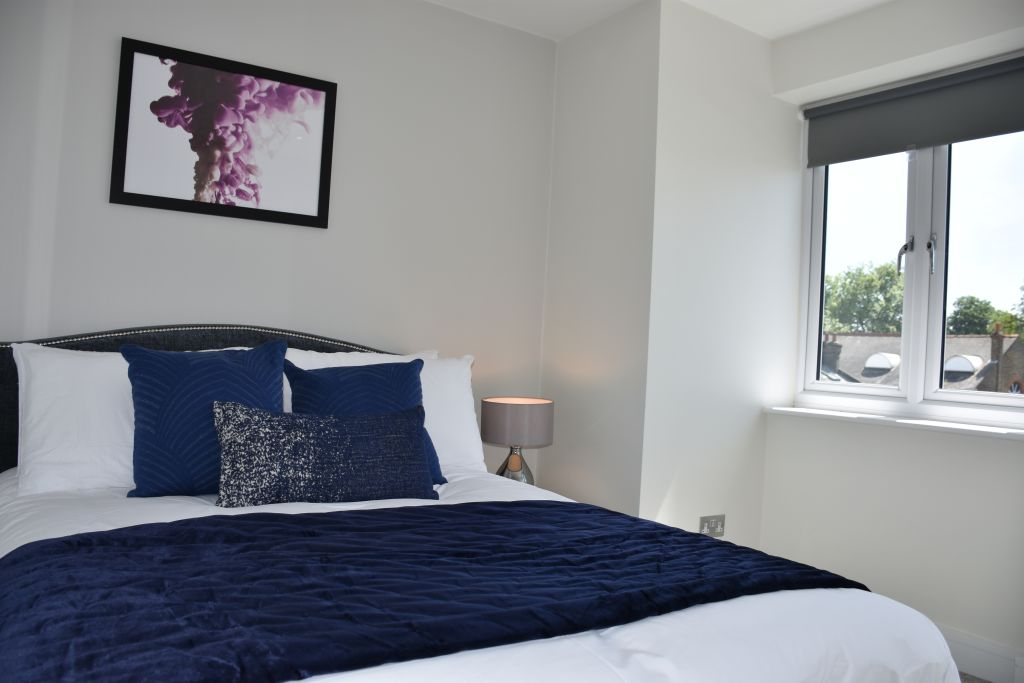 image 3 furnished 1 bedroom Apartment for rent in Ealing, Ealing
