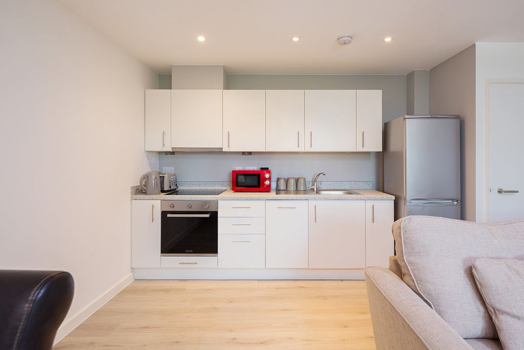 image 1 furnished 2 bedroom Apartment for rent in Maidstone, Kent