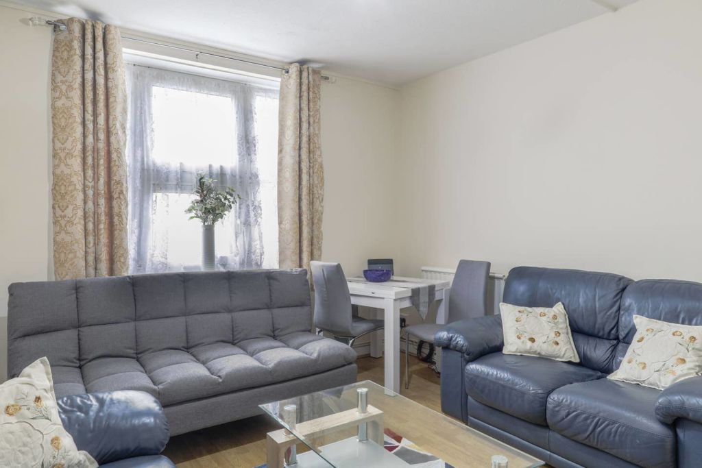 image 8 furnished 1 bedroom Apartment for rent in Stoke Newington, Hackney