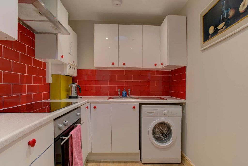 image 4 furnished 2 bedroom Apartment for rent in Ancoats, Manchester