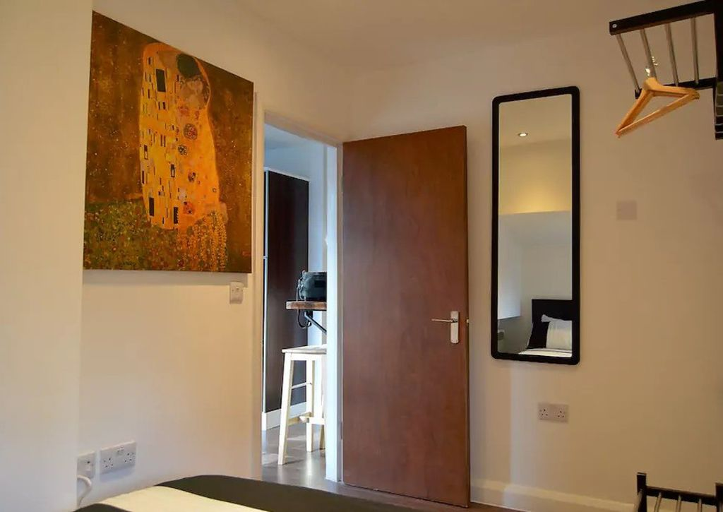 image 2 furnished 1 bedroom Apartment for rent in Camden Town, Camden