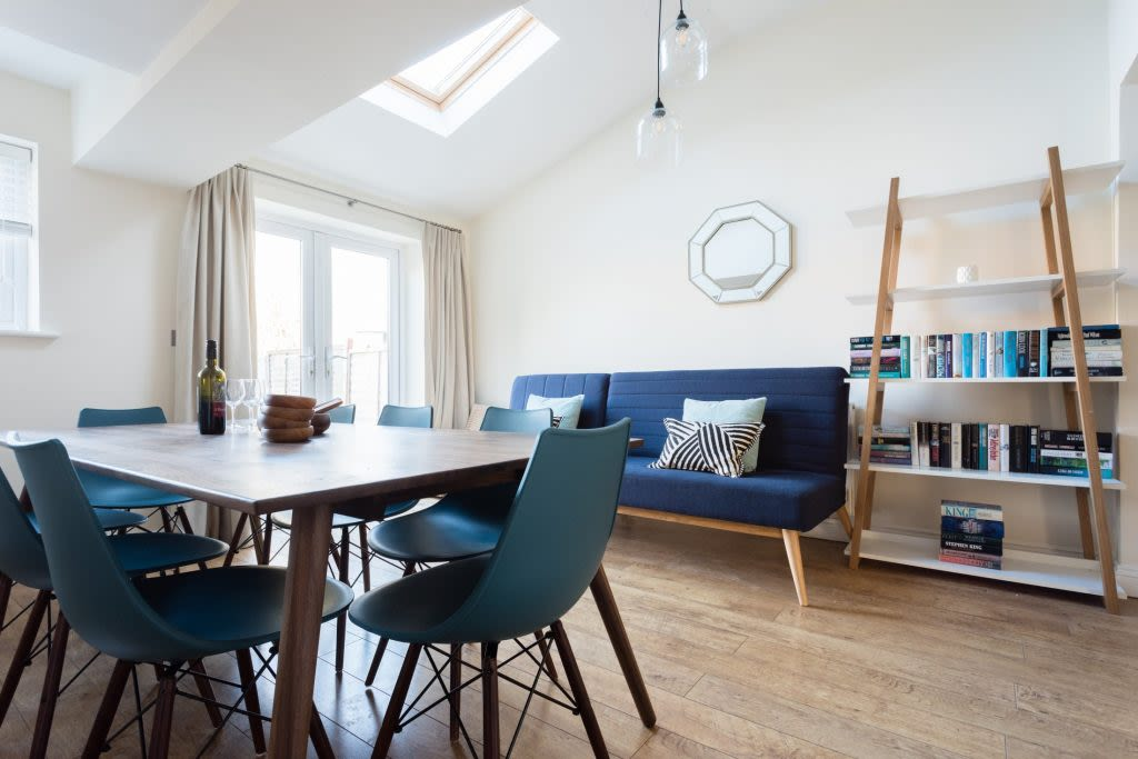 image 1 furnished 3 bedroom Apartment for rent in Oxford, Oxfordshire