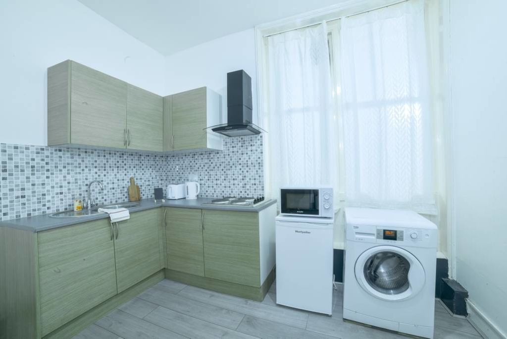 image 5 furnished 1 bedroom Apartment for rent in Bloomsbury, Camden