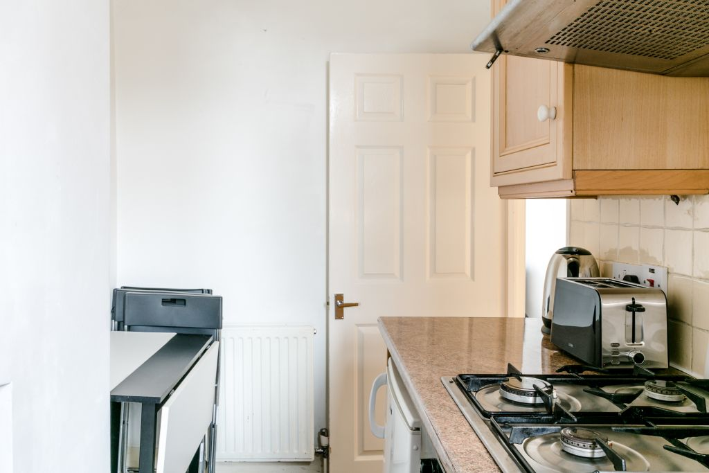image 8 furnished 1 bedroom Apartment for rent in Stoke Newington, Hackney
