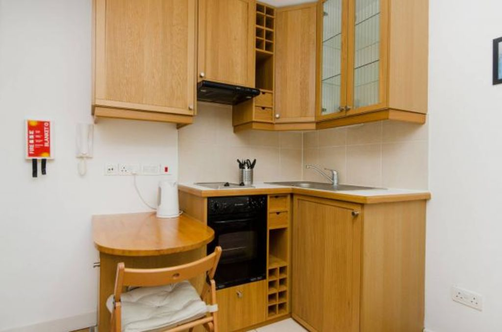 image 4 furnished 1 bedroom Apartment for rent in Chalk Farm, Camden
