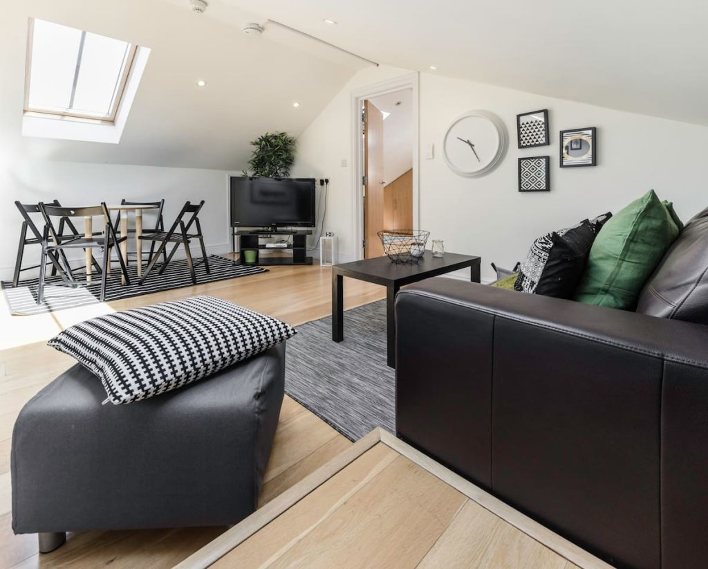 image 1 furnished 1 bedroom Apartment for rent in Hampstead, Camden