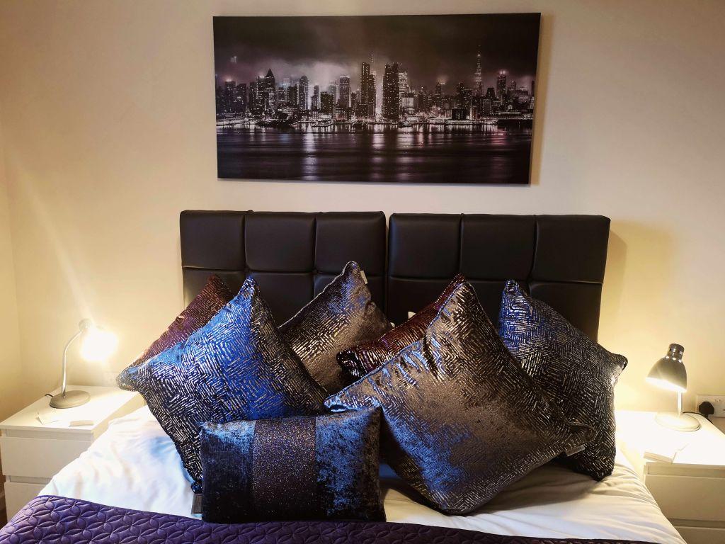 image 3 furnished 1 bedroom Apartment for rent in Longford, Hillingdon