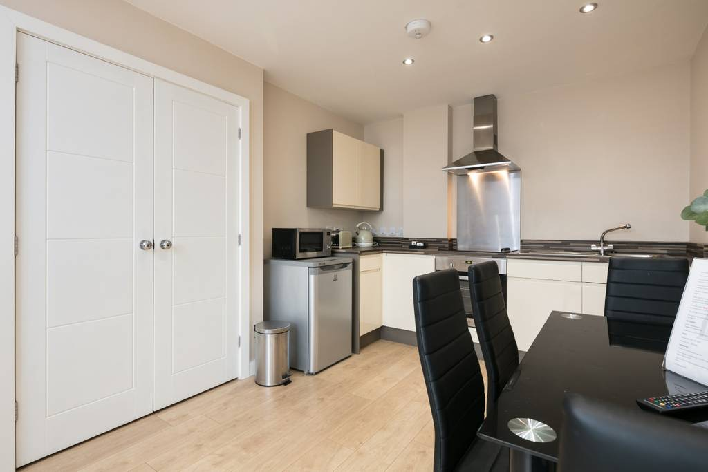 image 5 furnished 1 bedroom Apartment for rent in Cheetham, Manchester