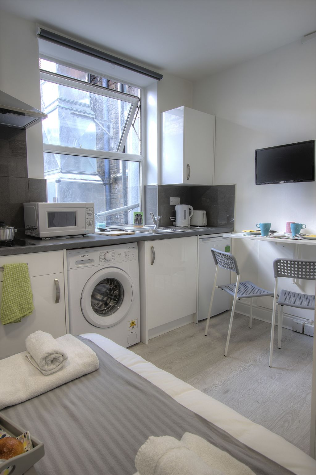 image 6 furnished 1 bedroom Apartment for rent in Willesden, Brent