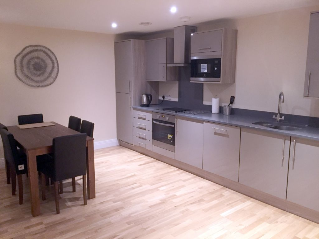 image 4 furnished 2 bedroom Apartment for rent in West Drayton, Hillingdon