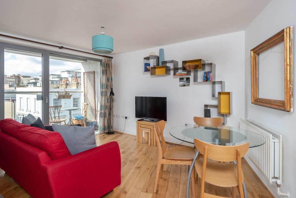 image 6 furnished 1 bedroom Apartment for rent in Warwick, Warwickshire