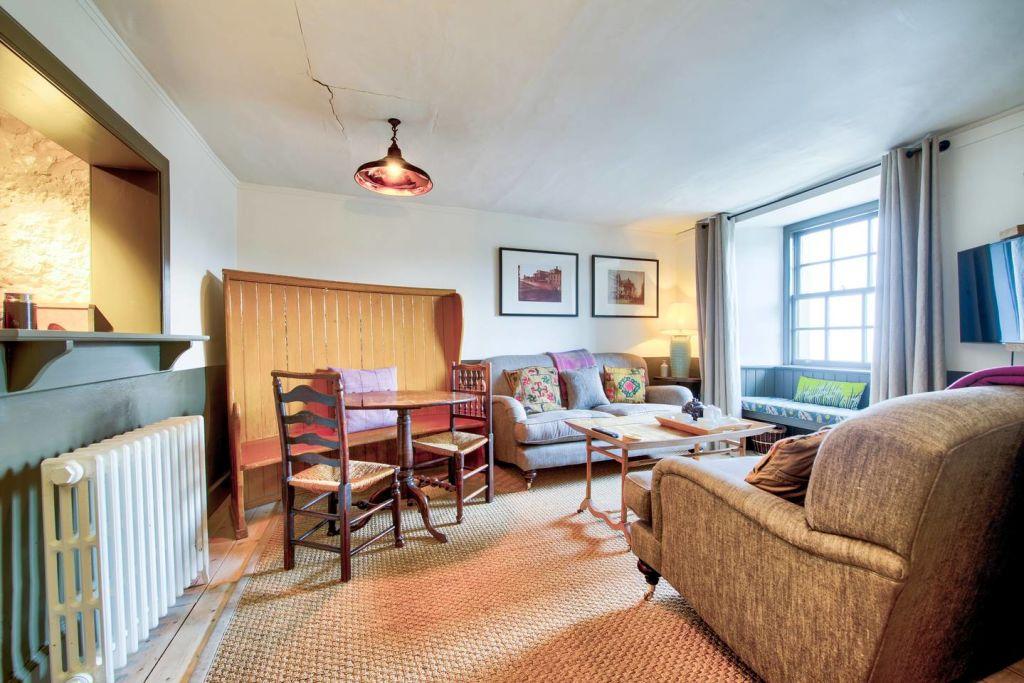 Calton Hill, Rockhouse - Terrace Apartment
