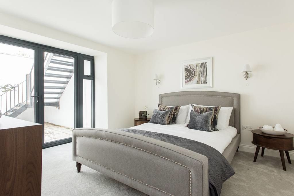 image 10 furnished 3 bedroom Apartment for rent in Camden Town, Camden