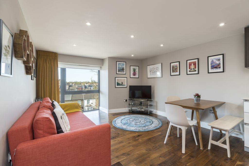 image 1 furnished 2 bedroom Apartment for rent in Richmond, Richmond upon Thames