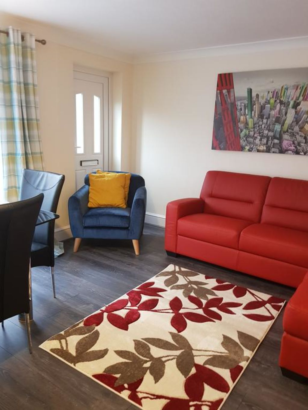 image 4 furnished 5 bedroom Apartment for rent in Luton, Bedfordshire
