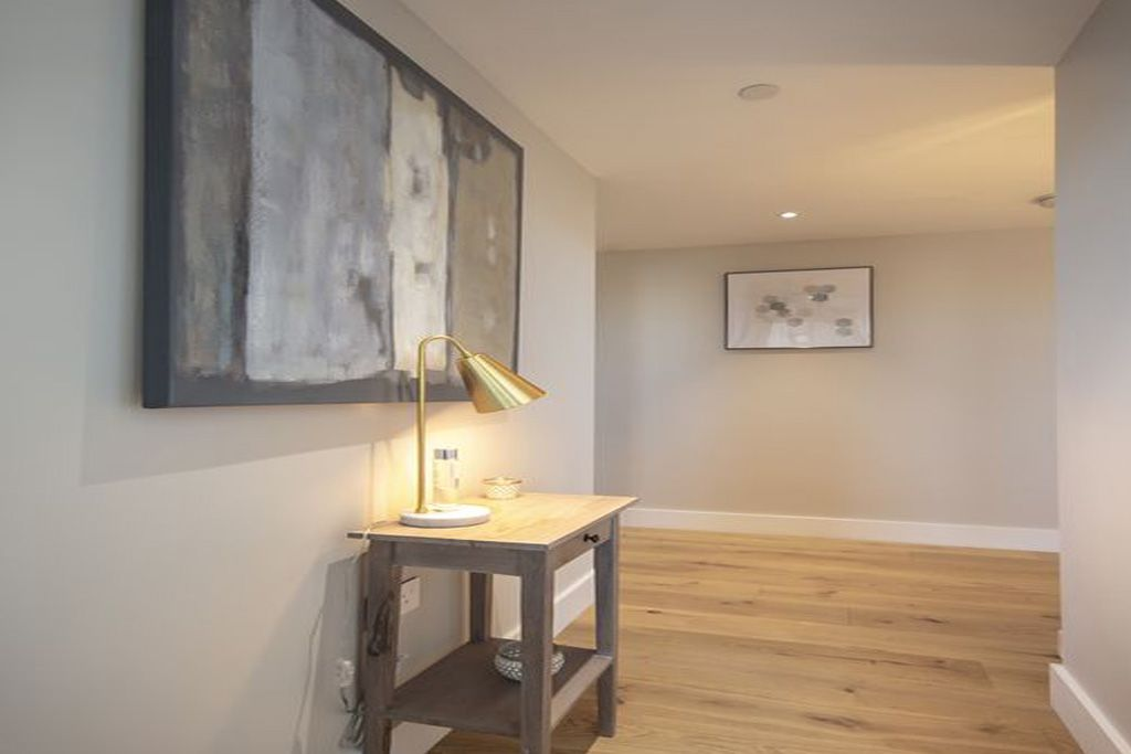 image 8 furnished 2 bedroom Apartment for rent in Wandsworth, Wandsworth
