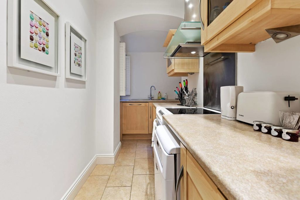 image 7 furnished 1 bedroom Apartment for rent in Earls Court, Kensington Chelsea
