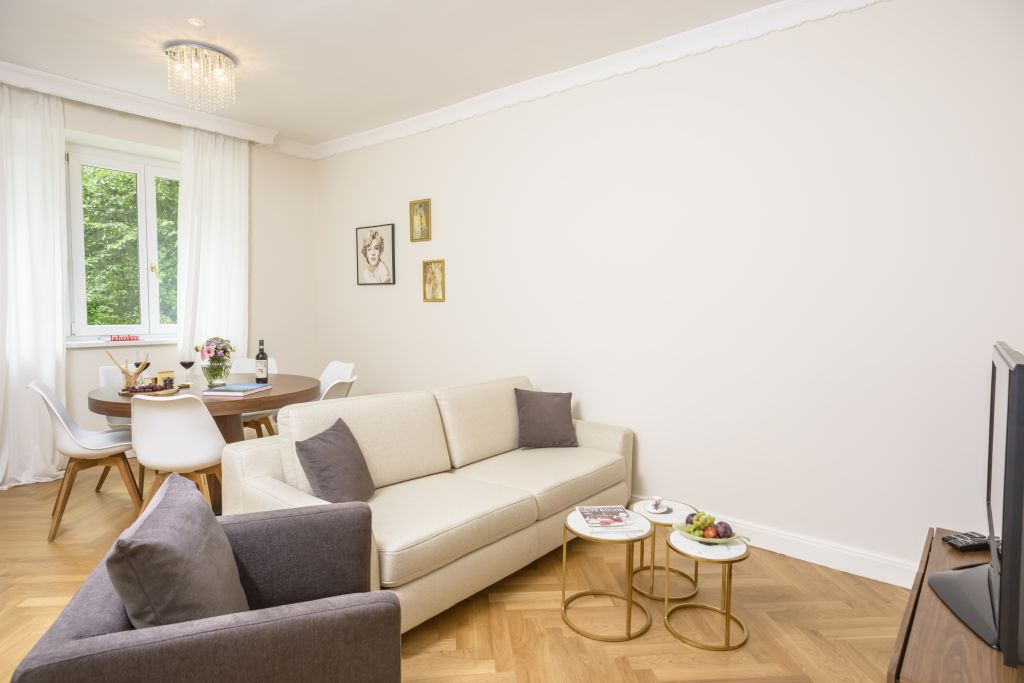 image 1 furnished 2 bedroom Apartment for rent in Innere Stadt, Vienna