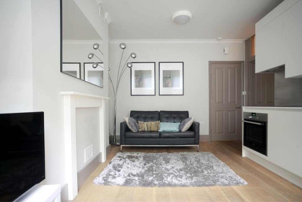 image 2 furnished 1 bedroom Apartment for rent in Bloomsbury, Camden