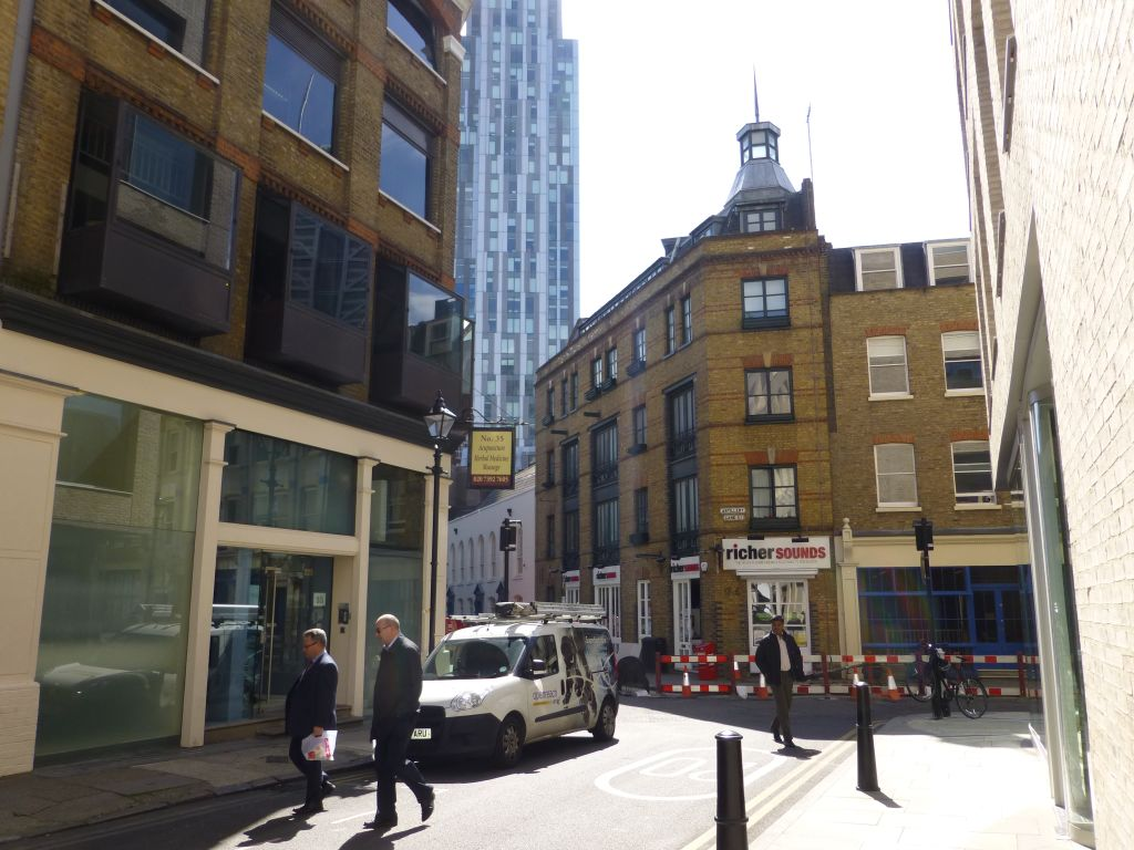 image 9 furnished 1 bedroom Apartment for rent in Spitalfields, Tower Hamlets