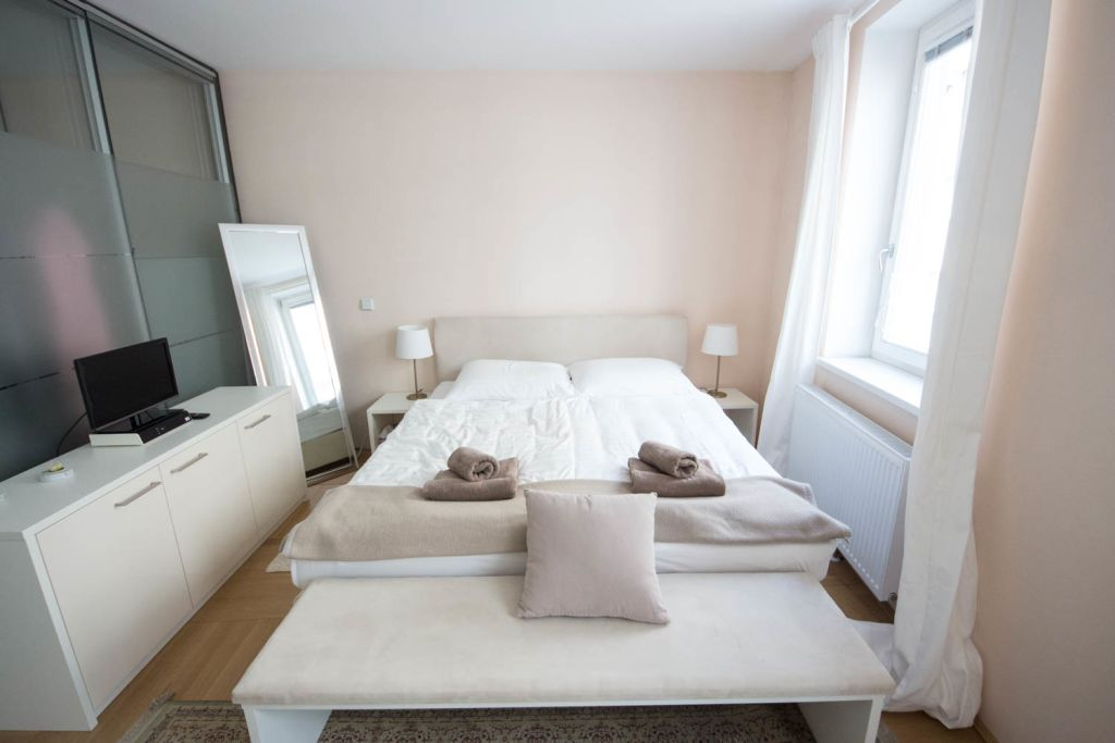 image 8 furnished 1 bedroom Apartment for rent in Innere Stadt, Vienna