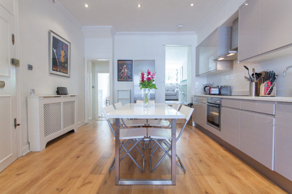 image 2 furnished 2 bedroom Apartment for rent in Fulham, Hammersmith Fulham