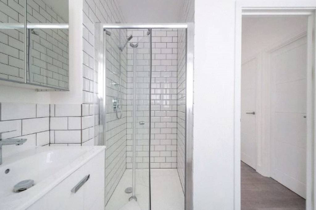 image 10 furnished 2 bedroom Apartment for rent in West Hampstead, Camden